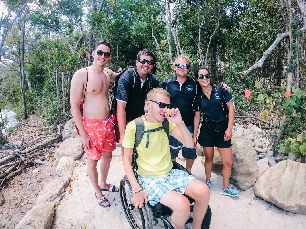 S lijeva na desno; Matthias, Chris, Ja, Jesse i Alejandra